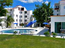 Las Gaviotas Hotel and Suites
