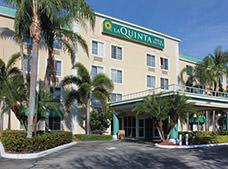 La Quinta Inn and Suites Sunrise Sawgrass Mills
