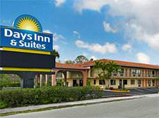 Days Inn and Suites Orlando-UCF Research Park
