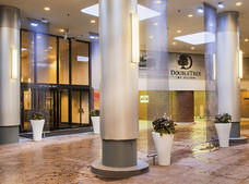 DoubleTree by Hilton Chicago Magnificent Mile