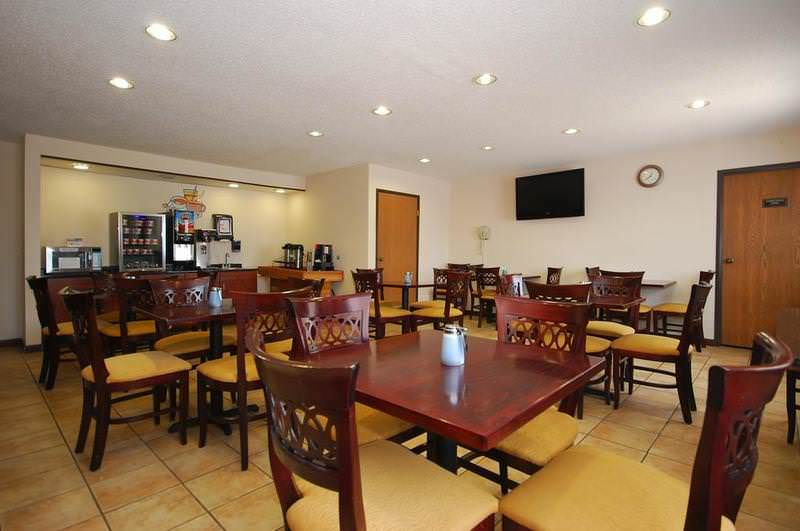 Baymont Inn and Suites Delaware