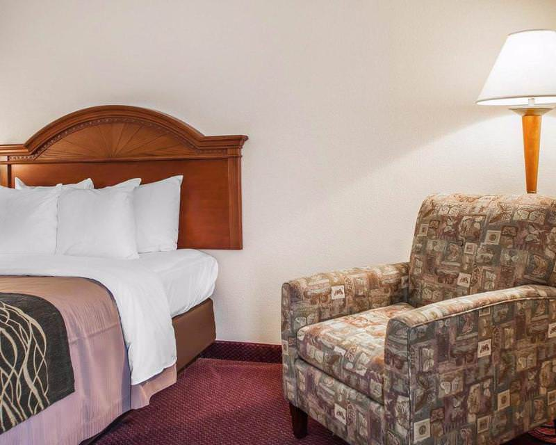 Comfort Inn Lehigh Valley West - Allentown