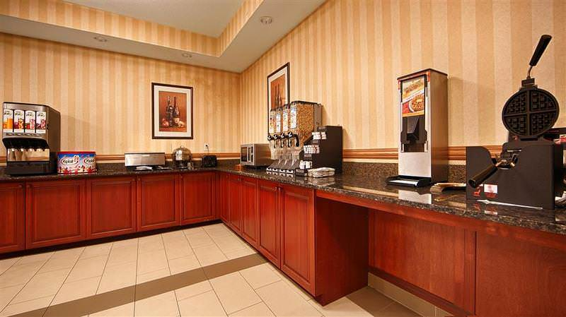 Best Western Plus Vancouver Mall Dr. Hotel & Suites