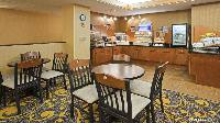 Holiday Inn Express Deforest
