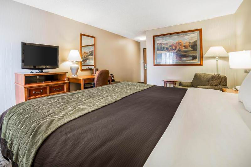 Comfort Inn at Buffalo Bill Village Resort